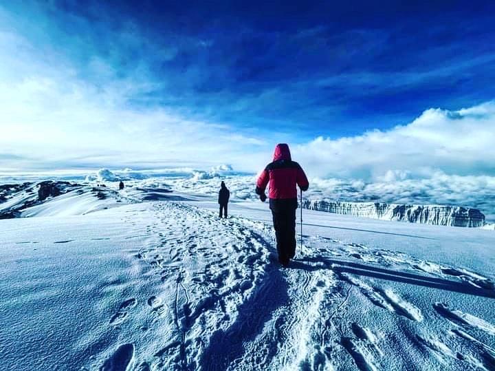 Choose to climb Mount Kilimanjaro